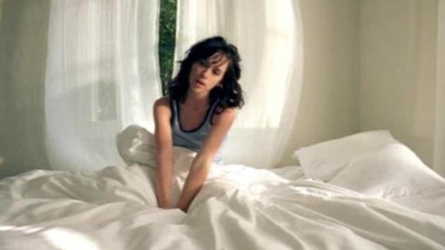 Jennifer love hewitt bare naked lyric