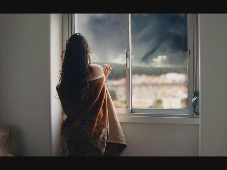 Фото девушка ждет скучает