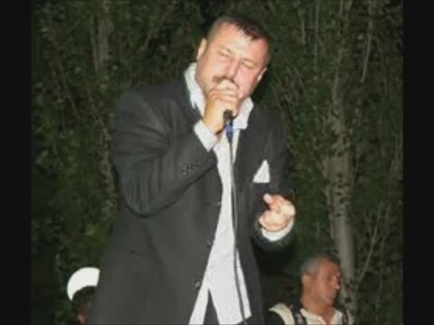Azer Bülbül - Bir Anda Dünyayı Yakasım Gelir