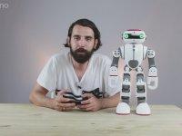 Guinness Rekorlar Kitabına Giren Çinli Robota Göbek Havası Oynatmak