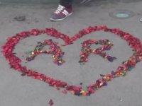 Taksim Meydanında Evlilik Teklifi