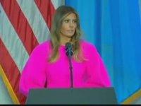 Renk Paletinden En Pembe Tonu Bulan 'Neon Melania Trump'