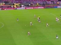 Enzo Perez'in Orta Sahadan Aldığı Topla Muhteşem Gol Atması