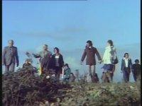 Yarınlar Bizim - Ali Rıza Binboğa & Betül Aşçıoğlu (1975 - 78 Dk)