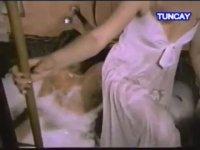 Soysuzlar - Cüneyt Arkın & Tanju Gürsu (1975 - 82 Dk)