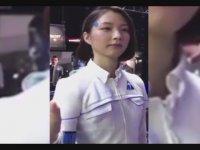 Kadın Şeklindeki Robot - Japonya