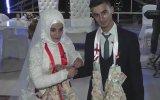 Gelin Ve Damadı Şakına Çeviren 40 Metrelik Düğün Takısı