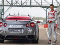 PS4 Koluyla Helikopterden Kontrol Edilen Nissan GT-R