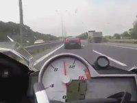 Otobanda Süpriz Sonlu Nissan GTR - S1000RR Kapışması