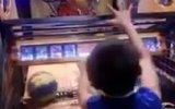 Basket Atma Oyuncağında Rekor Kıran Küçük Çinli