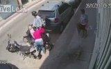 Motordan Kızı İndirip Gasp Eden Hırsıza Meydan Dayağının Atılması
