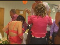 Rus Düğününde Striptizin Sınırlarını Zorlamak