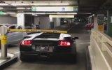 Lamborghini ile Otoparktan Kaçak Geçmek