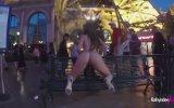 Las Vegas Sokaklarında İç Çamaşırı İle Twerk Yapan Hatun