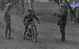 İlk Motosikletli Paraşütle Atlayış Denemesi ve Hüzün 1926