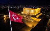Anıtkabir'in Gündüz Ve Gece Havadan Görüntülenmesi