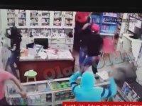 Eczaneye Pala ve Döner Bıçaklarıyla Saldırmak - Lübnan