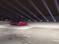 Dünya'nın En Hızlı Otomobili - Tesla Roadster