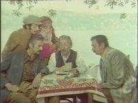 Güllü Geliyor Güllü - Türkan Şoray & Ediz Hun (1973 - 86 Dk)