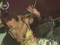 Seyyal Taner'den Tina Turner Taklidi
