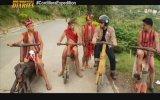 Filipinli Dağ Köylülerinin Ahşaptan Yaptıkları Scooterları