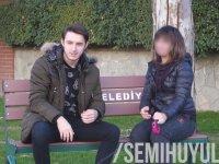 Türkiye'de Öpüşme Cezalı Oyun - Kissing Prank