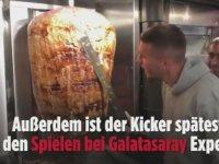 Podolski'nin Döner Dükkanının İzdiham Yaratması