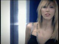 Hande Yener - Armağan (2004)