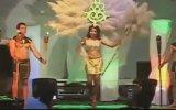 Kadın Mankenin Gösteri Esnasında Alev Topuna Dönüşmesi  Brezilya