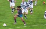 Barcelona'nın Ronaldinho'ya Özel Klip Hazırlaması