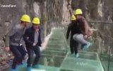 Cam Köprüde Yapılan Balyozlu ve Tepinmeli Test  Çin