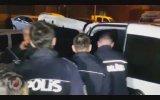 Gözaltına Alınırken Bile İçen Sarhoş Sürücü