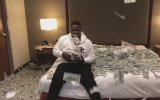 Otel Odasında 2 Milyon Dolar ile Oynayan Rapçi  Blac Youngsta