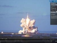 Space-X'in Mars Roketi Falcon Heavy'nin Fırlatılması