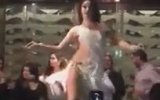Rus Dansözün Fazla Seksi Diye Gözaltına Alınması