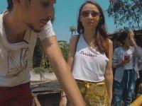 Kamboçya'da Bahçesinde  Timsah Besleyen Aile