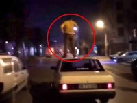 Kullandığı Aracın Tavanına Çıkan Trafik Magandası - İzmir