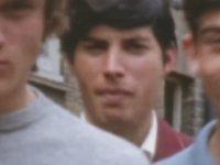 Freddie Mercury Kankaları ile Takılırken (1964)