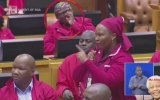 Meclis Oturumunda Hunharca Burnunu Karıştıran Milletvekili