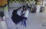 Ninjaya Dönüşüp Mutfak Şefini Döven Suudi Kadın
