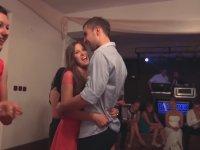 Rus Düğünündeki 'Bacak Arasına Verme' Oyunu