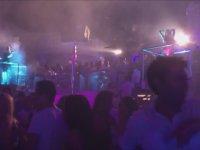 Club Diskoda Nasıl Dans Edilir