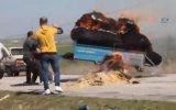 Trajikomik Yangın Söndürme Mücadelesi  Uşak