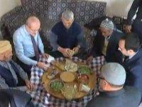 Misafir ve Yabancıları Midelerini Bayram Ettirmeden Bırakmayan Köy