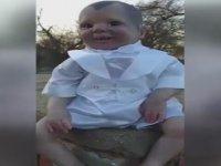 Gözlerinin İçine Bakmak Cesaret İsteyen Sayko Bebek