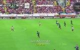 Dünyanın En Hızlı Depar Atan Futbolcusu  Luis Advincula