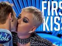 Yarışmacıyı Kandırıp Dudağından Öpen Katy Perry (Ölümsüzlük)