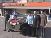 Hurda Parçalarla Askeri Araç Yapan Liseliler