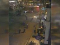 Almanya'da Taşlı Sopalı Sokak Kavgası