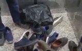 Asansörde Suçüstü Yakalanan Ayakkabı Hırsızı